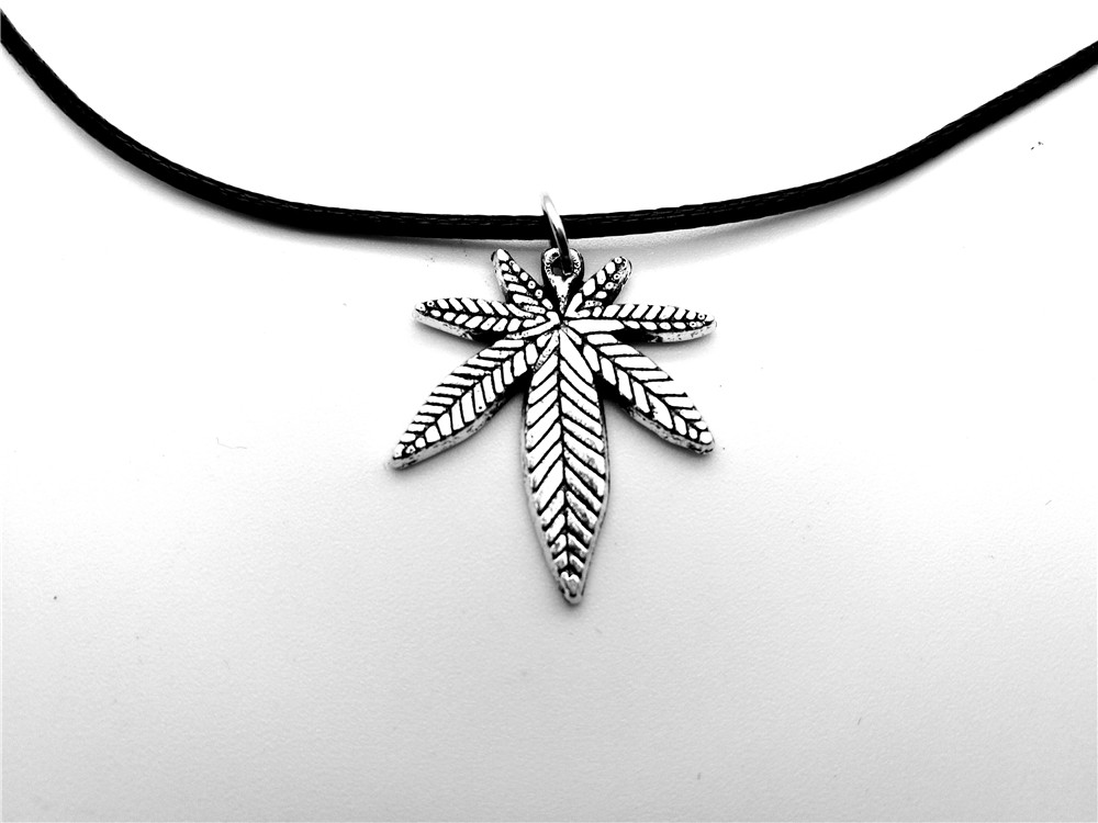 European American Canada Jamaica Hemp Maple Leaf Necklace African Plants Tree Weed Foliage Leaves Leather Rope Necklaces