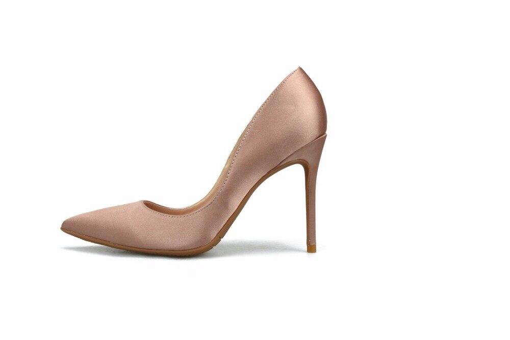 GENSHUO ハイヒールの女性の靴の女性は、ポインテッドトゥ小剣シルク赤結婚式の靴プラススモールビッグサイズ 32  46  グループ上の 靴 からの レディースパンプス の中 3