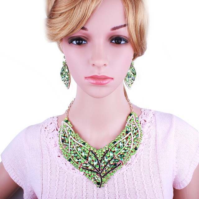 Fashion Jewelry African Beads Full Rhinestones Leaf Shape Necklace Earrings Set Exquisite Crystal Bridal Jewelry Set