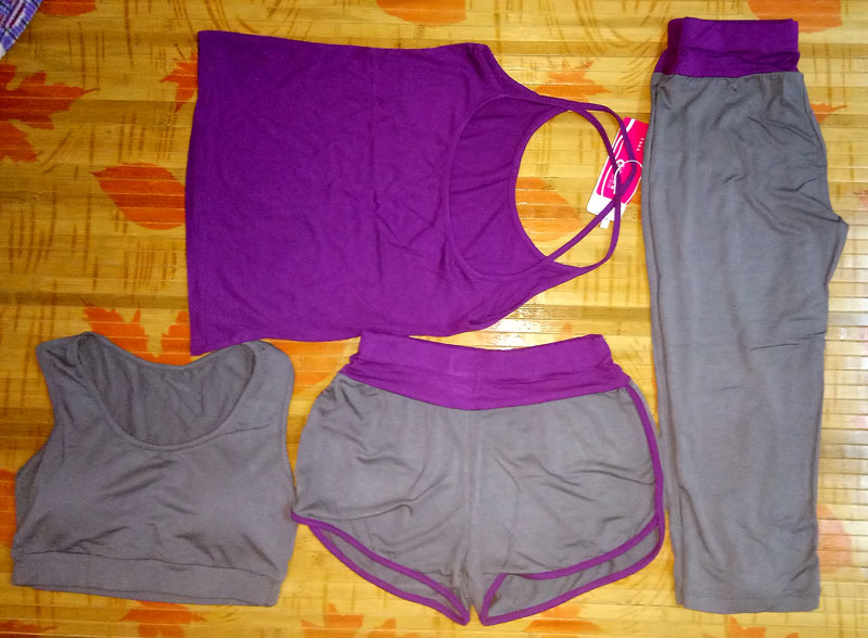 33775ea0487 This item are 4 pieces sets (Sports bra top + T-shirt + sports shorts + sports  pants). size reference