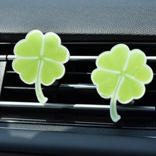 Car Air Freshener Automobiles Perfume Lucky Grass Scent Diffuser In the Conditioning Outlet Clip Auto Accessorie