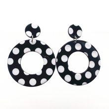 UJBOX – boucles d'oreilles rétro coréennes en acrylique pour femmes, en forme de goutte d'eau, géométriques, rectangulaires, rondes, noires et blanches, en résine