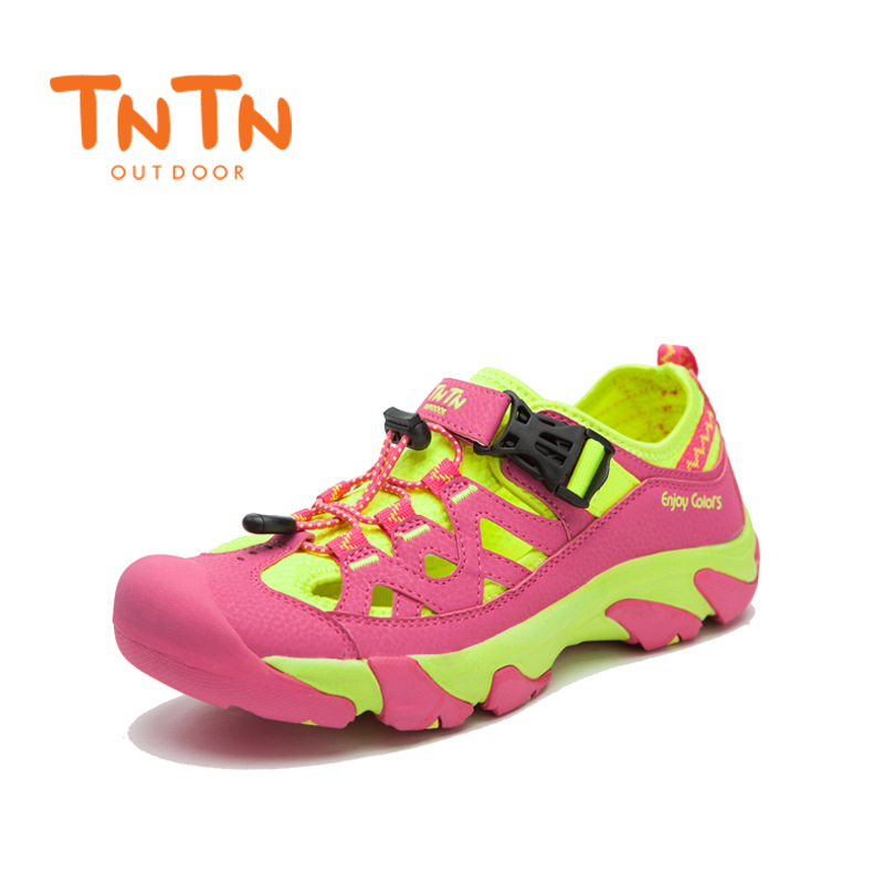Summer New Womens Sports Sandals Beach Trekking Climbing Shoes Mens 100% High Quality