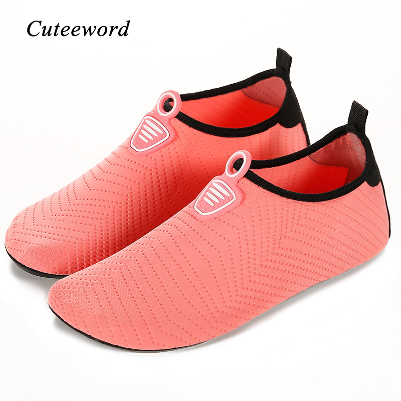 Summer Kids Beach Shoes Boys Girls Swimming Shoes Soft Bottom Non-slip Diving Water Socks Quick Drying Breathable Children Shoes