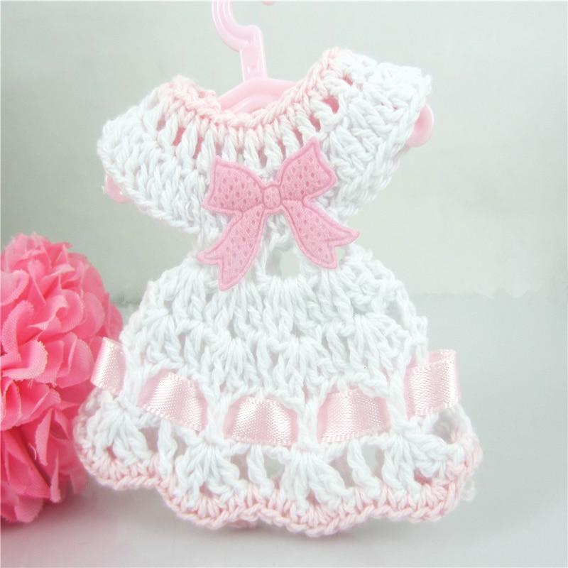 Freies Verschiffen 12 Miniatur Häkeln Pullover Kleid Baby Dusche