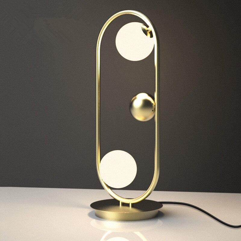Postmoderne Loft Salon Lampe de Table Creative Unique Étude Chambre Studio Hôtel Lumière Led Boule De Verre Lumière Sihpping Gratuit
