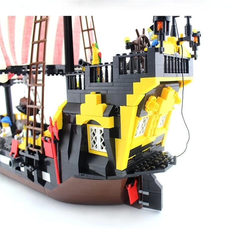 Model Bangunan Kit Kompatibel Dengan Lego City Bajak Laut Kapal
