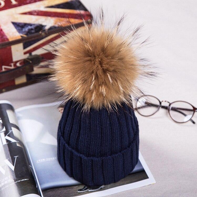 Брендовая зимняя женская шапка высокого качества, шапка бини из натурального меха енота, женские шапки с помпоном, Женская Повседневная шапка для девочек - Цвет: navy blue