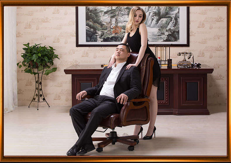 Leather computer chair. Household massage. Can lie cowhide of large chair