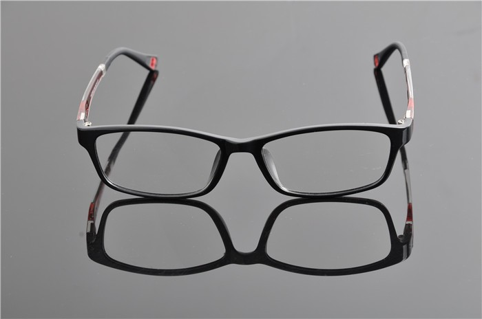 c4 black red frame (2)