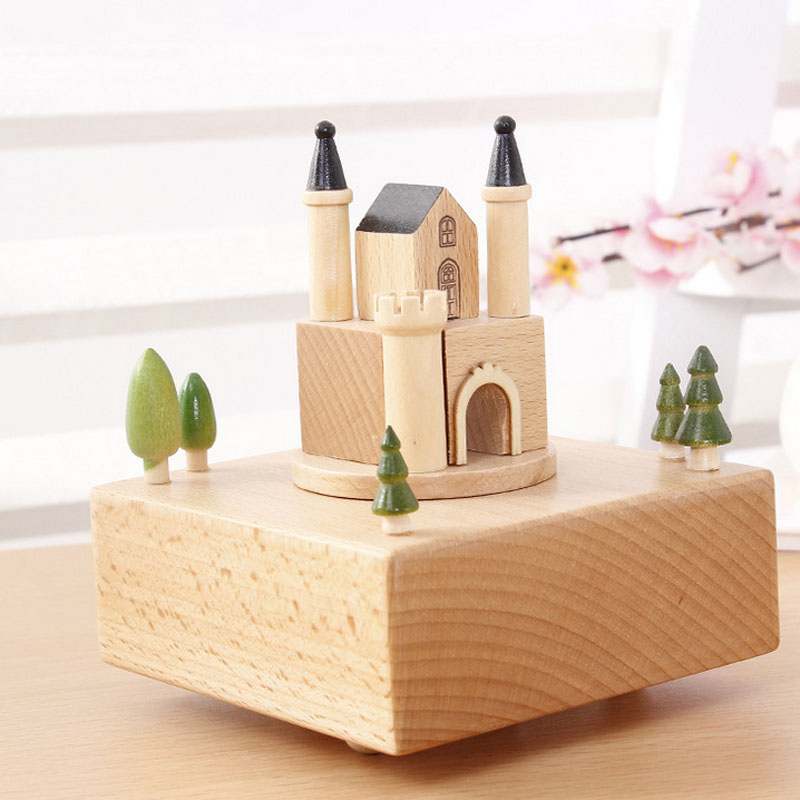 1 Piece Wind Up Toy Happy Castle Music Ofbox City of Sky Classic Wood Toy For Children Clockwork Handmade Creative Birthday Gift