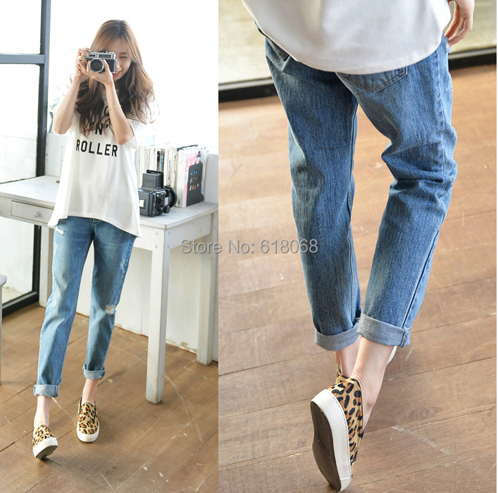 995f197a130 NewArrival 2018 Korean Style Women s Cowboy Hole Jeans Classic Denim Casual  Loose Cross Pants Plus Size Baggy Jeans Capris 26~33-in Jeans from Women s  ...