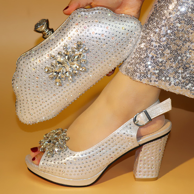 Fashionable silver women pumps match handbag set with crystal decoration african shoes and bag for party dress V99638-3
