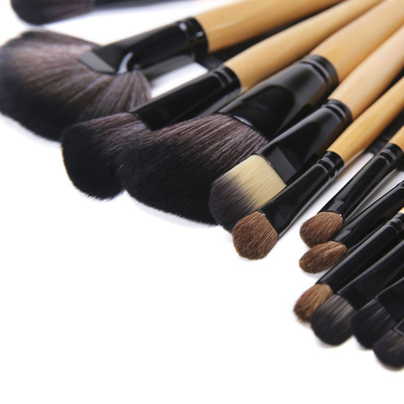 24 Pcs Makeup Brush Sets with Bag for Blending Foundation and Powder Suitable for Contouring and Highlighting 11