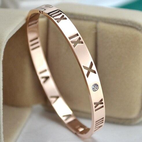 Womens Fashion Elegant frosted heart-shaped bracelet Korean jewelry Heart dependent cuff Wedding jewelry Bracelets & Bangles