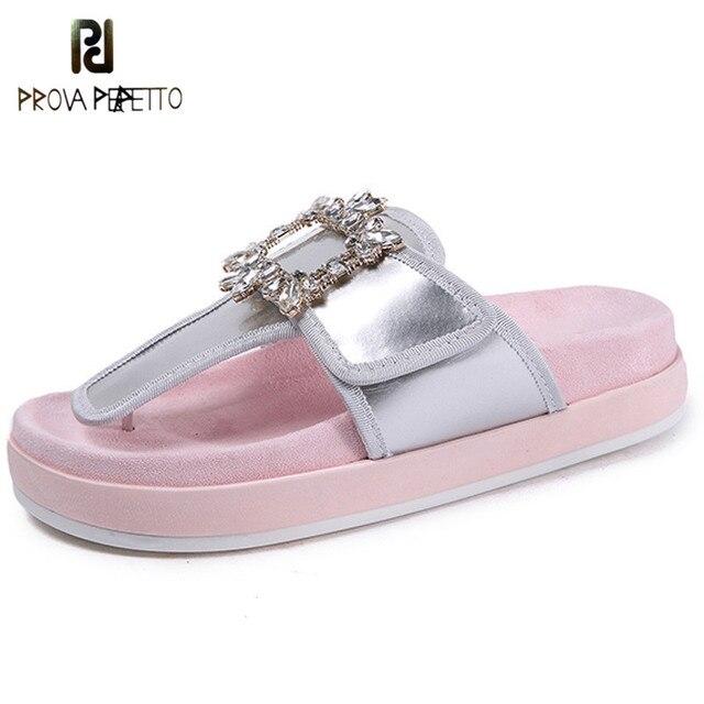 Prova Perfetto Moda Chinelos De Cetim Mulher Flip Flops Strass Fivela Sapatos de Fundo Grosso Sandálias Flat Mulheres Chinelos de Praia