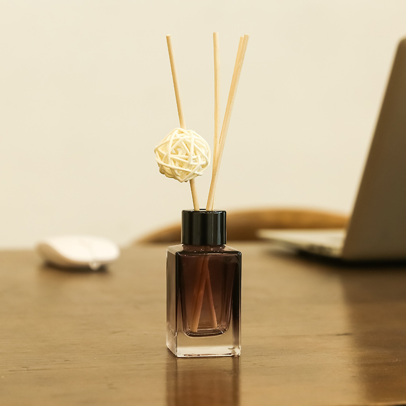 1pcs 50ml Essential Oil Reed Diffuser With Natural Rattan Sticks, Rattan Ball And Brown Bottles For Living Room Office Home