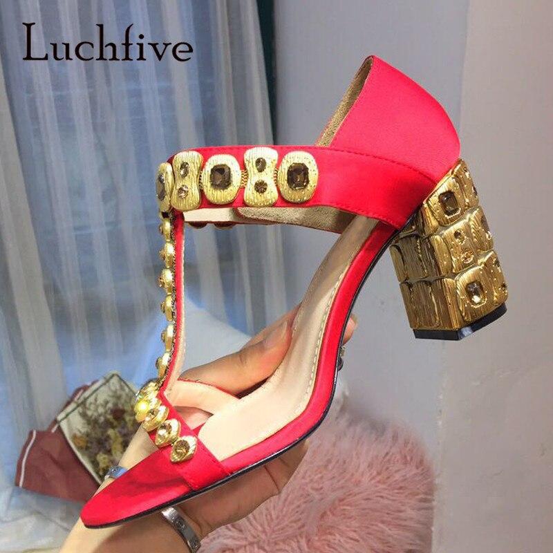 2018 Luxe Satin Strass Gladiateur Sandales Femme Bout Ouvert t-strap Cristal Diamant Chaussures À Talons Hauts Femmes Élégantes De Mariage chaussure