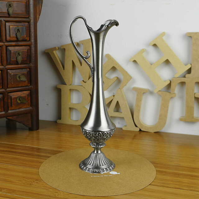 New Arrival Home Decoration Carving Metal Tabletop Vase Trendy