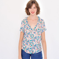 Women Floral Print Short Sleeve Blouse Frills Edged Neckline Soft Viscose Femme Chemise Tops With Little Pink Buttons