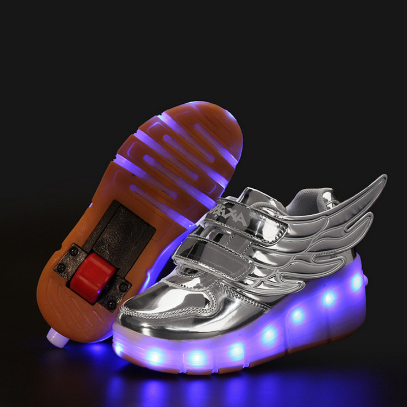 ФОТО Glowing Children Roller Shoes with Wheels Kids Led Light up Wing Shoes Sneakers for Boys Girls tenis infantil BZX-1