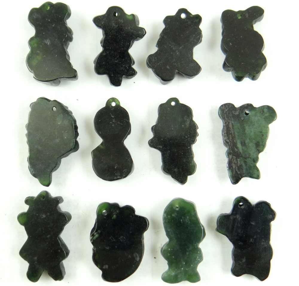 Уникальный природный камень черный зеленый нефрит ручной резной трехмерный 12 Зодиак бисерные знаки кулон драгоценные камни для изготовления украшений ожерелья
