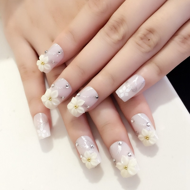 Shiny Flat Acrylic Nails Beige Flower Crystal Artificial Nail Art Tips Manicure Accessories Z410