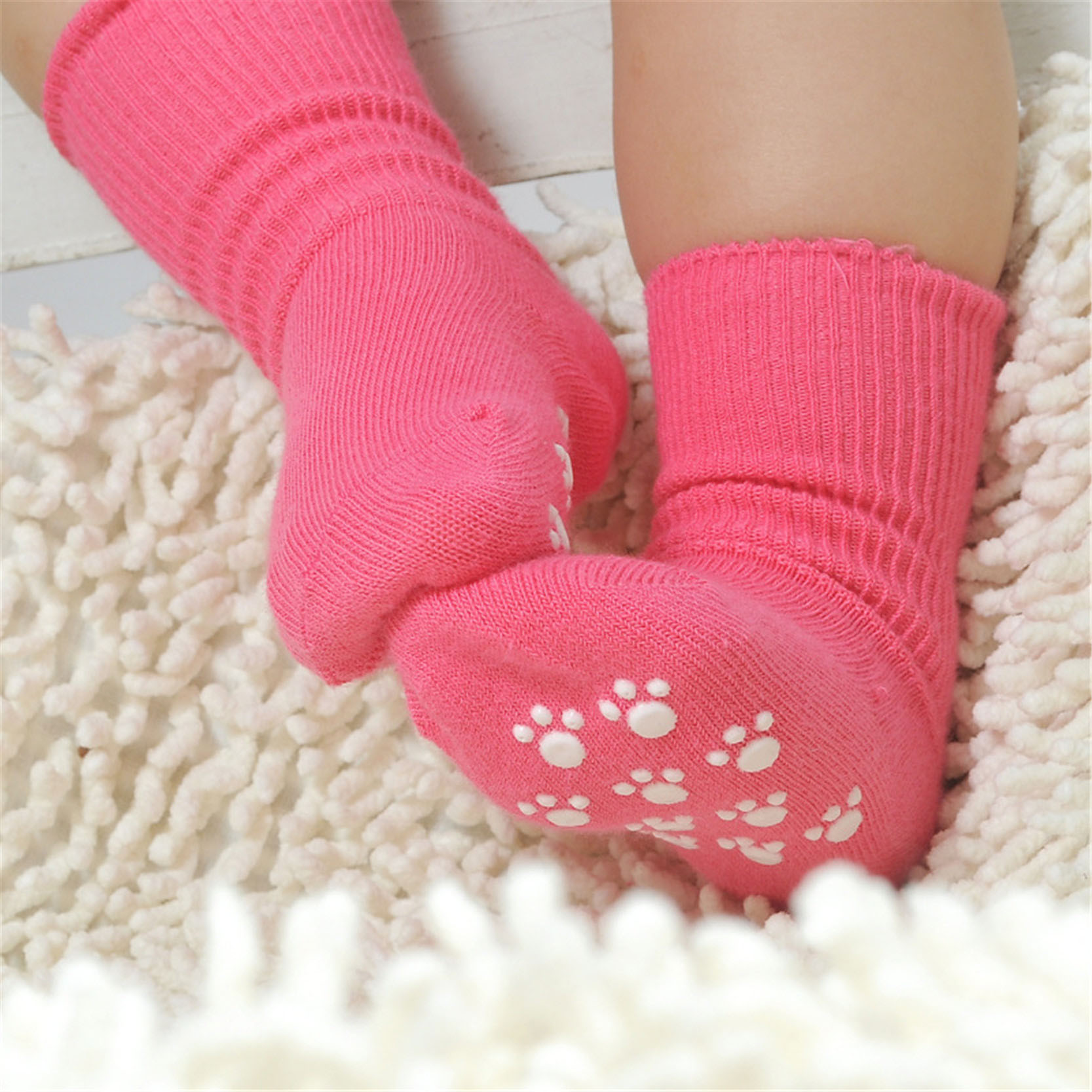 купить New Born Baby Socks Cotton Anti Slip Sport Children Socks For Girls Boys Unisex Toddler 1-3 Years Kid Socks Candy Color по цене 63.24 рублей