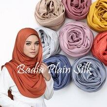 Vestito di un pezzo solido pianura malaysia alta raso di seta hijab shinny sciarpa del hijab islam scialle testa avvolge morbido di seta lungo musulmano hijab