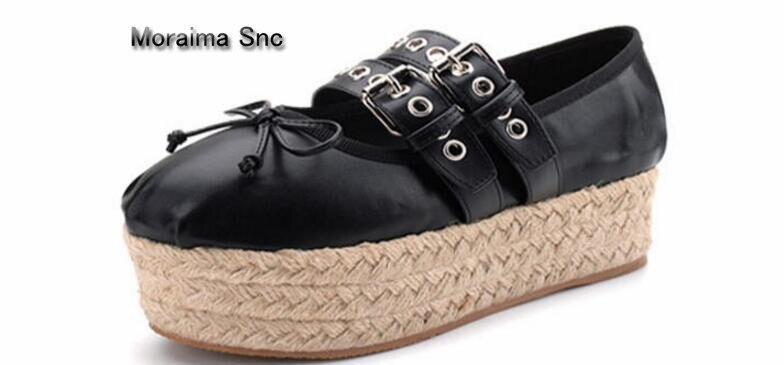 Moraima Snc Nieuwste ballet flats gesp vrouw schoenen 2018 platte plateauzolen ronde neus vlinder knoop platte casual schoenen-in Platte damesschoenen van Schoenen op  Groep 1