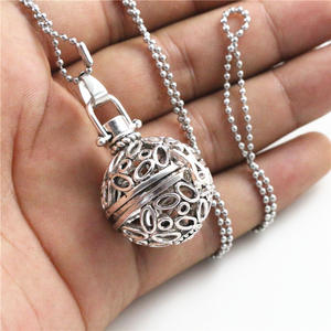 Pendant Necklace Fragrance-Oil Aromatherapy-Diffuser Magic Locket Stainless-Steel 36x26x21mm