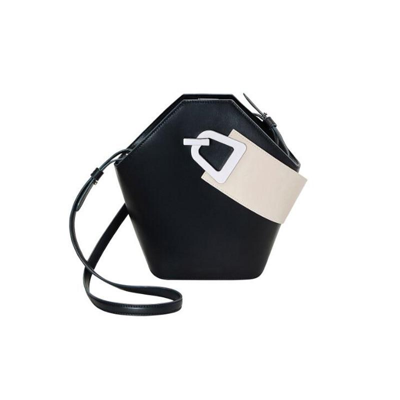 Blascher nuevo bolso de hombro ancho de cuero Paquete de cubo de diseño nuevo producto Simple Color de colisión bolso de mano para mujer LA24-in Bolsos de hombro from Maletas y bolsas    2