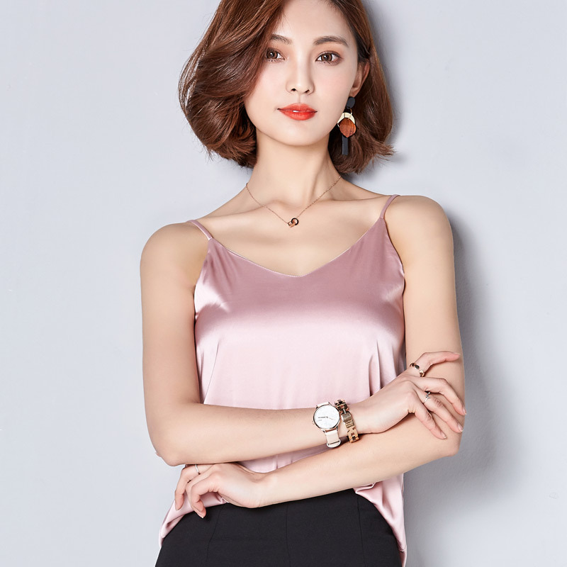 2018 Summer Classic Style Women loose Tank V Neck Low cut Top Vest Polyester Simple Pure color Joker Large Size Tanks Tops
