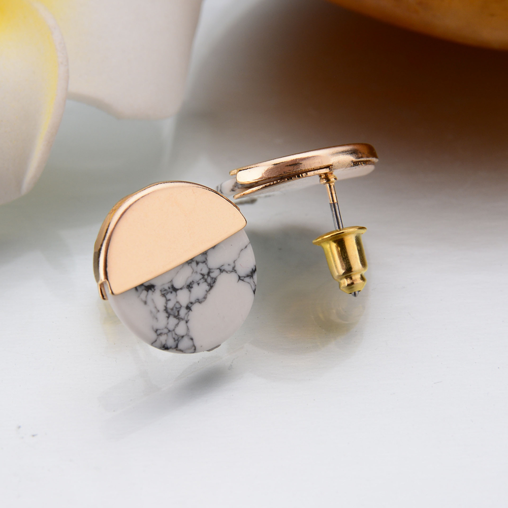 Us 0 59 45 Off Gereit Punk Hip Hop White Black Faux Marble Stone Stud Earrings For Women Simple Gold Round Summer Kpop Jewelry In