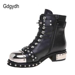 Image 2 - Gdgydh/пикантные женские ботильоны с заклепками; Женская обувь из натуральной кожи на не сужающемся книзу массивном каблуке со шнуровкой; Обувь на платформе в стиле готического панк; Сезон весна; Большие размеры