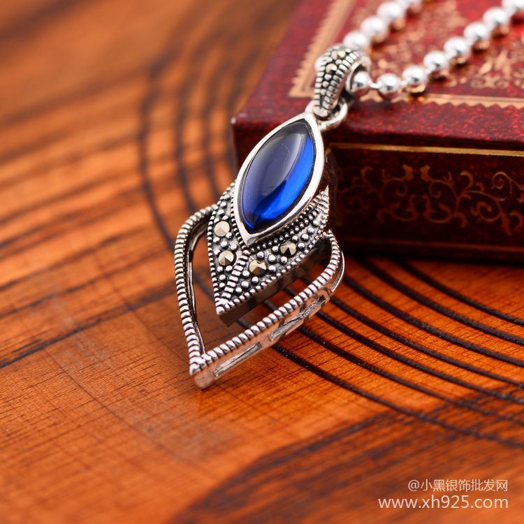 Black silver jewelry wholesale 925 Sterling Silver Jewelry Vintage Silver blue corundum heart-shaped pendant 035633 Ms.