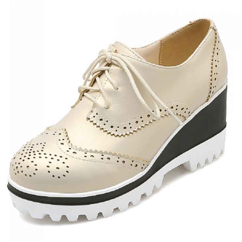 ФОТО Fashion Carved Lacing Platform High Heel Wedges Casual Shoes For Women Plus Size Brockden Work Oxfords Shoes Female Black/Beige