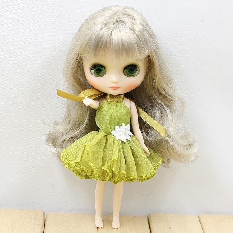 Middie Blythe Doll Colorful Elegant Dresses 7