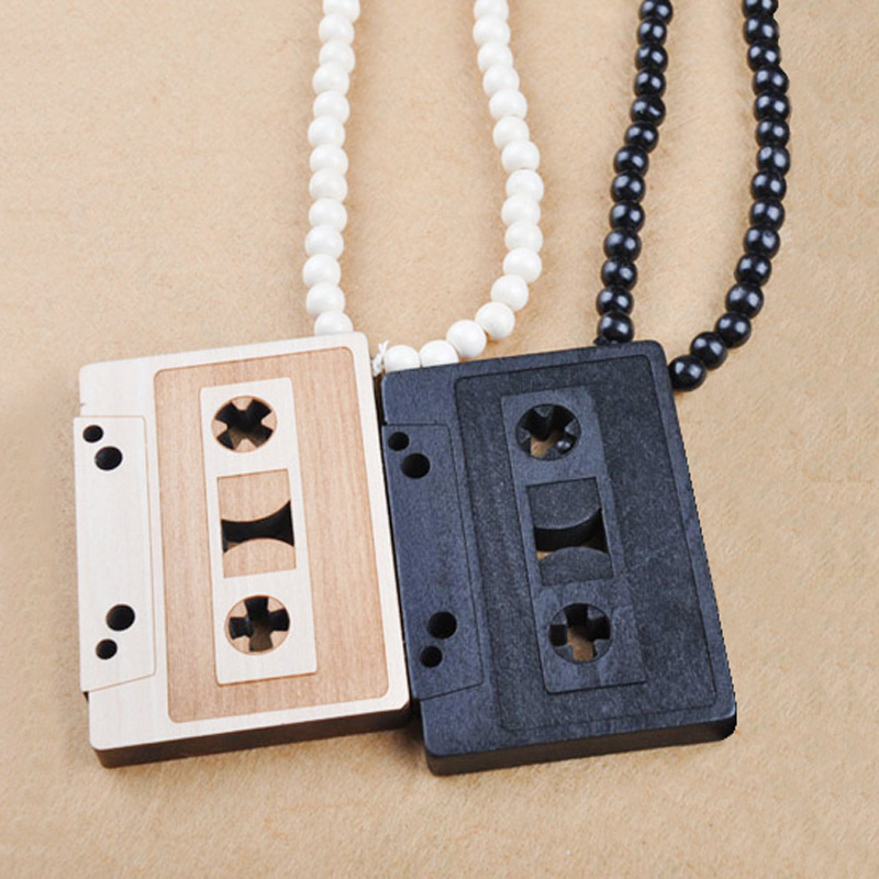 Original New Hip Hop Vintage Radio Necklace For Men Long Beads Chain Hiphop Rock Pendant Necklaces Male Jewelry Gift Colares