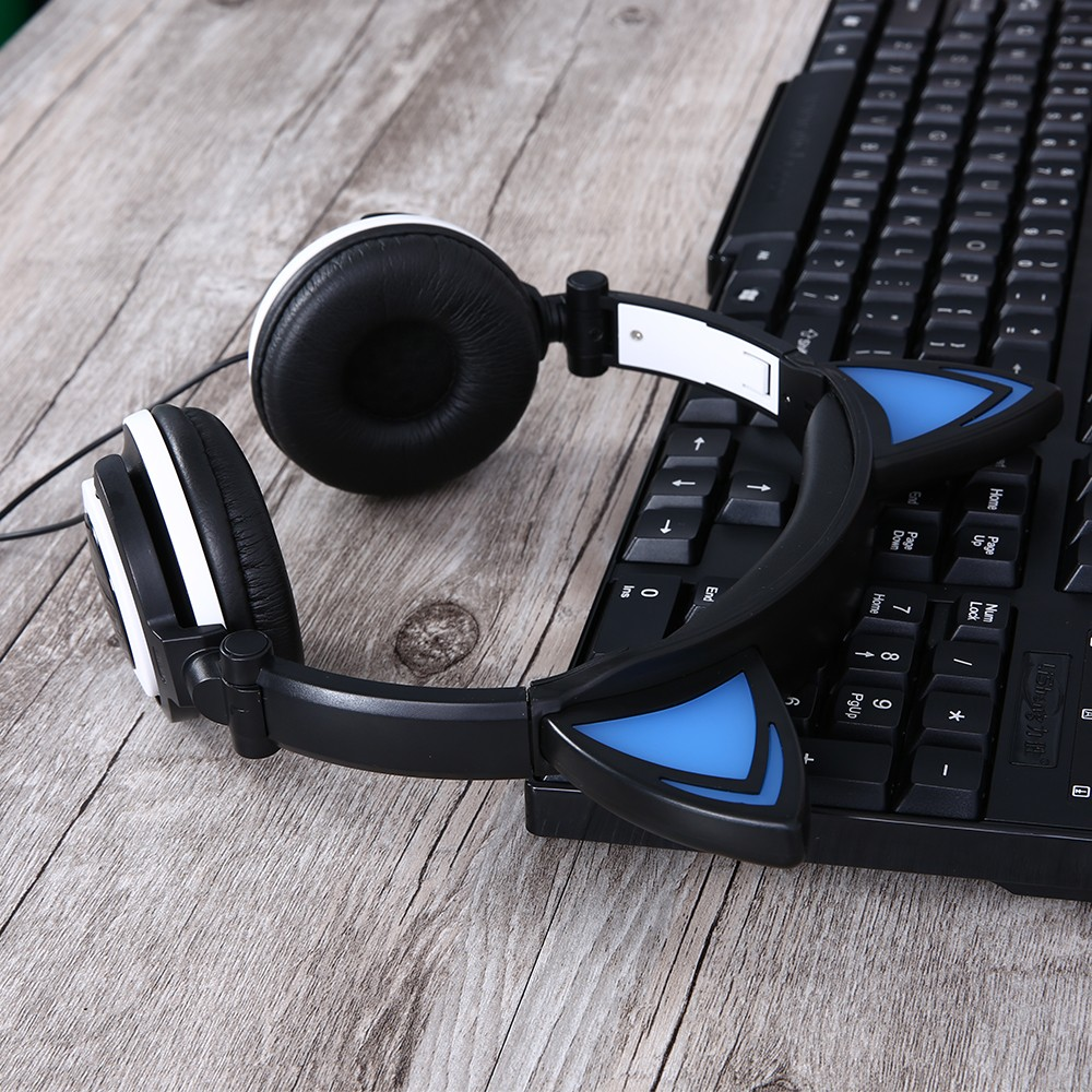 HTB1YguBOXXXXXaoaFXXq6xXFXXXS - Mindkoo Stylish Cat Ear Headphones with LED light