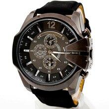De luxe Hommes Montres Analogique Sport Horloge Étanche Boîtier En Acier Quartz Cadran En Cuir Montre-Bracelet en gros