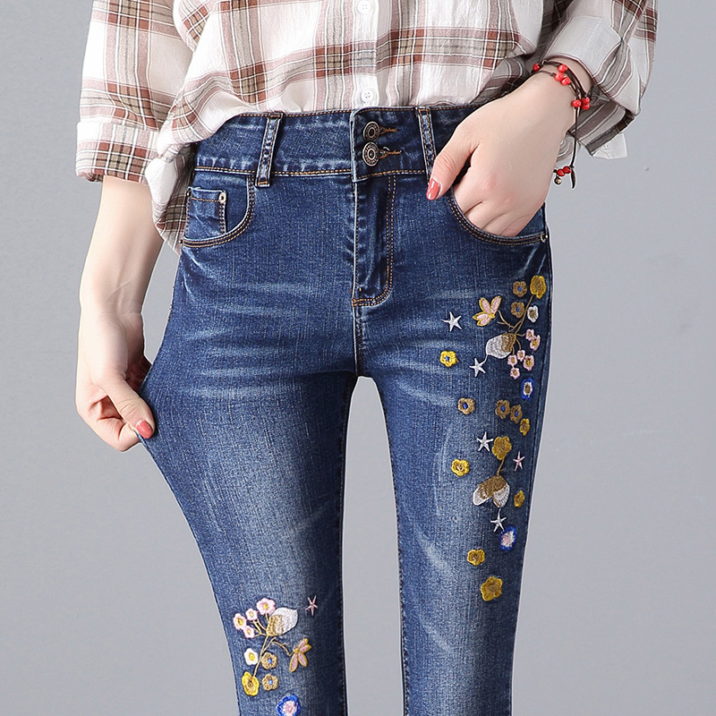 2018 Spring Women's regular Embroidery pattern Jeans blue Casual High-waist Slim Elastic full length pencil Pants women blue jeans flower embroidery regular female light blue casual pants capris autumn winter pockets pencil jeans bottom