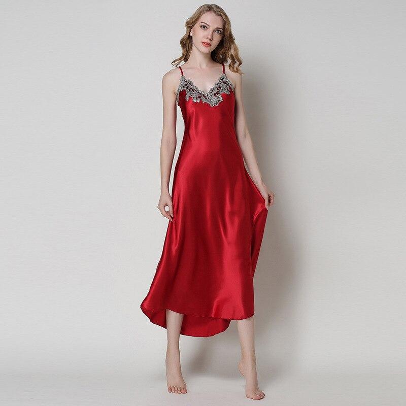 5dd70fffd138e5c Женское сексуальное женское белье шелковые ночные рубашки летняя Вышивка  Длинные Ночная сорочка атласные с v-образным вырезом ночные рубаш.