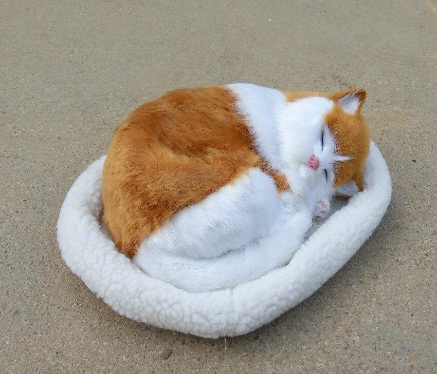 Nueva simulación gato de juguete resina y de respiración amarillo y blanco gato en un mat modelo regalo 26x17 cm 1064-in Peluches y muñecos de peluche from Juguetes y pasatiempos on AliExpress - 11.11_Double 11_Singles' Day 1