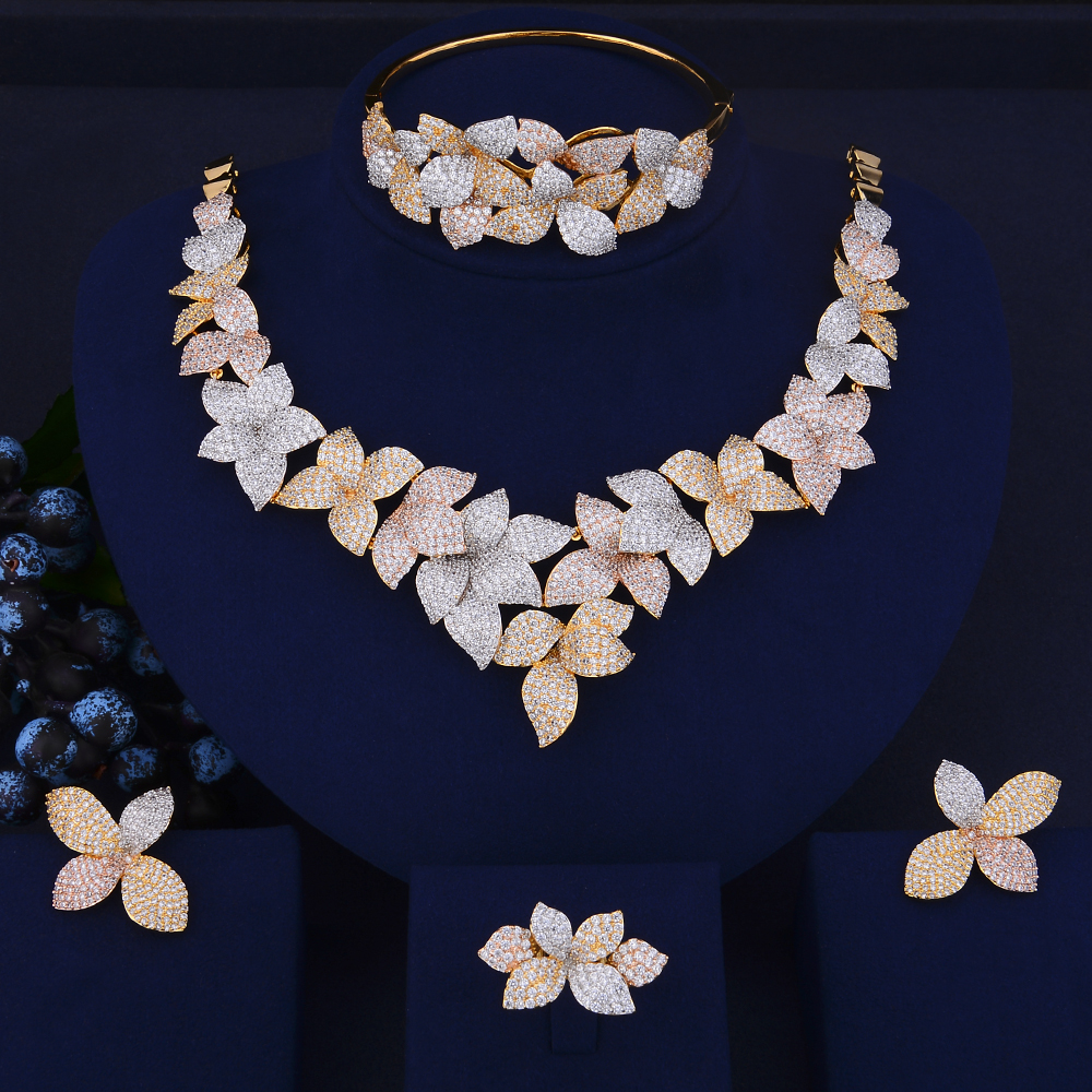 4PCS Indian gold jewelry sets for women Tricolors Cubic Zirconia Collar Necklace Stud Earrings Bracelet Ring For Women Wedding a suit of gorgeous rhinestoned flower necklace bracelet earrings and ring for women