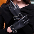 2016 New Fashion Winter Gloves For Womens Thermal Warm Artificial leather Bow Motorcycle Ski Snow Snowboard Gloves Female