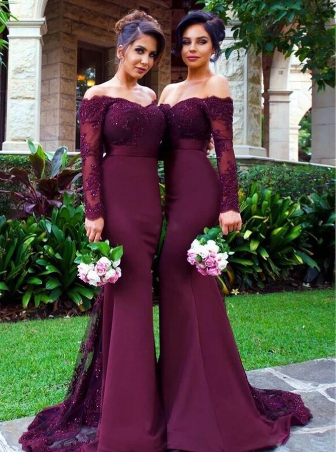 Luxury Long Sleeves   Bridesmaids     Dresses   2019 Off Shoulder Backless Sweep Train Lace Appliques Major Beading Wedding Guest Gowns