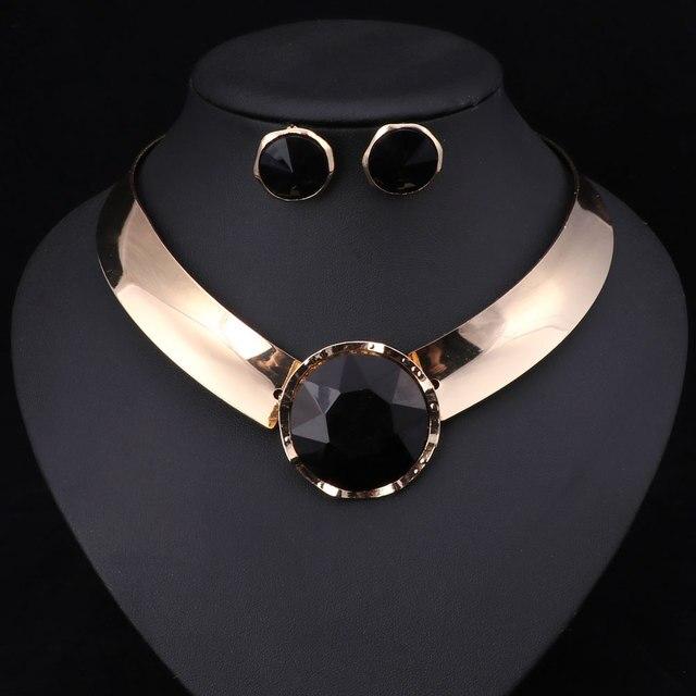 Royal Jewelry Trendy Earrings & Necklace Set 3