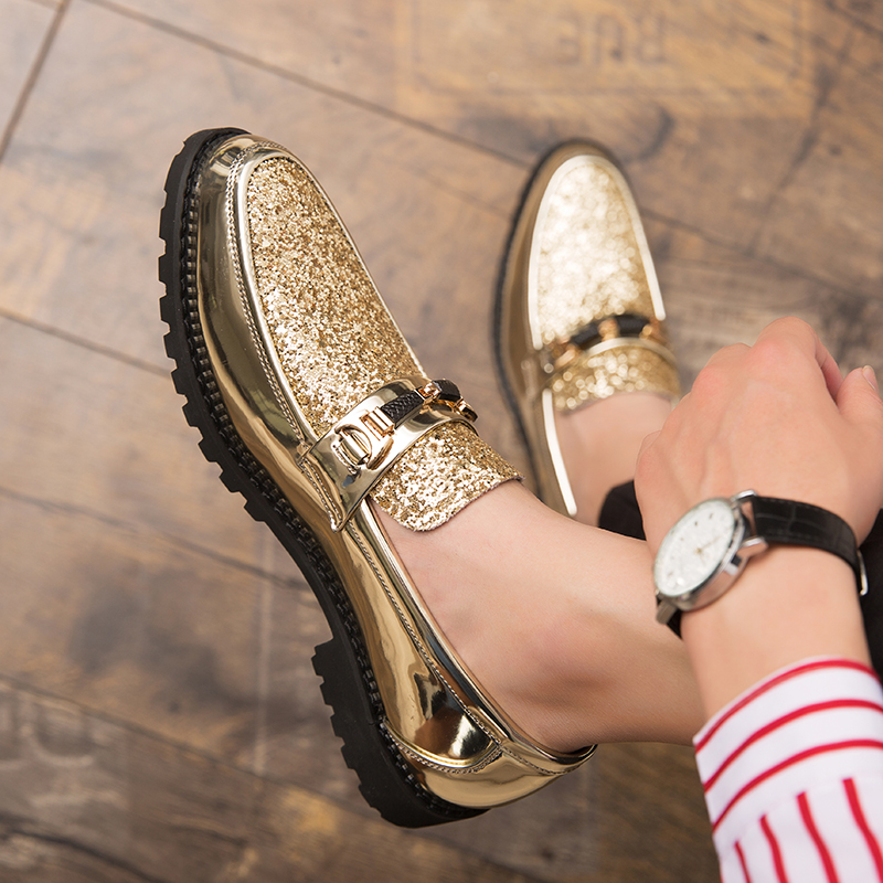 New Fashion Men's Shoes, Wedding Groom's Shoes, Patent Leather Glitter Diamond Piece Shiny Personality Pointed Gold Shoes, Loafe