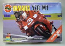 Airfix 07481 1 12 yamaha YZR M1 plastic model kit